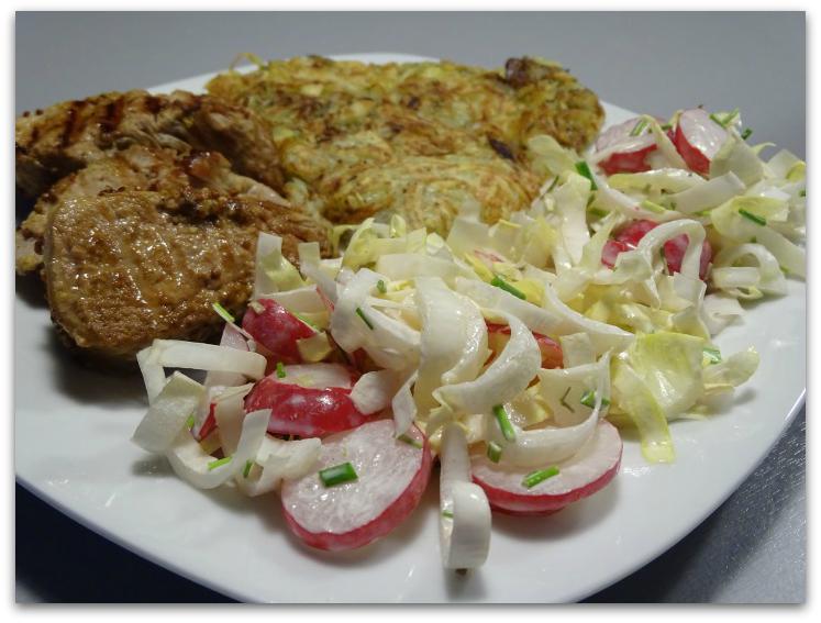 Varkenshaasje met rösti en witloofsalade